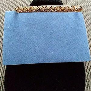 Avon bangle bracelet gold tone large